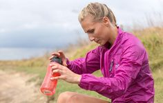 6 Things to NEVER Drink Before a Run  http://www.runnersworld.com/hydration-dehydration/6-things-to-never-drink-before-a-run?cid=soc_Runner's%2520World%2520-%2520RunnersWorld_FBPAGE_Runner%25E2%2580%2599s%2520World__Nutrition