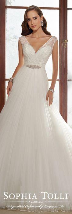 The Sophia Tolli Fall 2015 Wedding Dress Collection - Style No. Y21517 www.sophiatolli.com #weddingdresses #weddinggowns