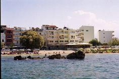 Nea Elena Apartments Chania Situated right across the beach of Nea Chora, Nea Elena Apartments offers accommodation with kitchenette. It has a restaurant and it is 700 metres from the picturesque centre of Chania.