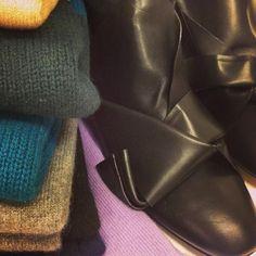 Arrivati CASHMERE & STIVALI Ti aspettiamo in negozio ! 👢👢👢👢👢👢 #newarrivals #shop #online #cashmere #boots #stivali #autumn #newin #negozio
