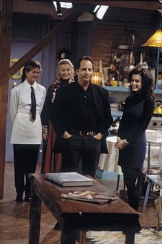 """Episode 15: """"The One With The Stoned Guy""""   27 Amazing Rare Photos From The First Season Of """"Friends""""  Jon Lovitz guest stars as Steve, the stoned restaurateur Monica tries to impress."""