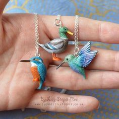 A few new bird pendants You can order any bird pendant you like from my Etsy shop - you'll find a link in my profile! :) #folksy #handmade #fimo #etsy #notonthehighstreet #craft #handmadeisbetter #bird #birds #polymerclay #premo #sculpey #miniature #handsculpted #crafting #handmadejewelry #charms #pendant #shopsmall #birdwatching #custommade #mallard #handmadegifts #birb #claycharms #duck #hummingbird #kingfisher #clayart