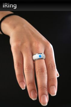 iRing controls your iPod / iPhone from the touch of your finger