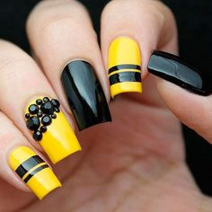 Want some ideas for wedding nail polish designs? This article is a collection of our favorite nail polish designs for your special day. Butterfly Nail Designs, Hot Nail Designs, Nail Polish Designs, Beautiful Nail Designs, Diy Yellow Nails, Yellow Nails Design, Funky Nails, Trendy Nails, My Nails