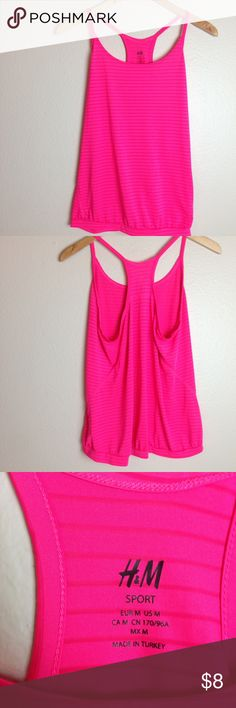 H&M Active Tank H&M active tank size women's medium. Can fit small as well. Tighter at the bottom. No flaws. H&M Tops Tank Tops