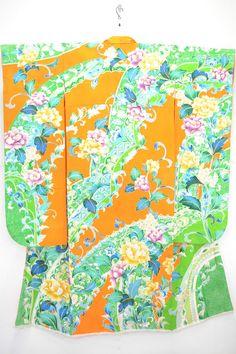 VINTAGE SILK WEDDING FURISODE:Embroidered Tree Peony/Karakusa Flower@C61a