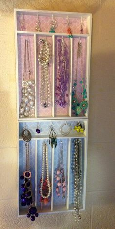 DIY jewelry holder made from cutlery trays!