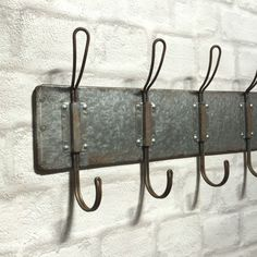 Architectural & Garden Coat Hanger Antique Twisted Metal Screw Hooks Schoolhouse Farmhouse Flea Mkt