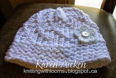 GREAT PATTERN! Knitting With Looms: White Spiral Hat with Flower - Saved in a Word doc.