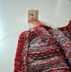 med pinner: Oppklipping av strikka ting Knitting, Crochet, Fair Isles, Fashion, Hobbies, Moda, Tricot, Fashion Styles, Breien
