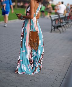 cute maxi dress-so comfy to play tourist and adventure the cities