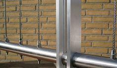 Best Vertical Deck Cable Railing System La Railing Deck 400 x 300