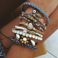 jewels summer outfits sun jewel accessories blue silver bracelets girl tumblr white pink flower hamsahand hamsa sunny bracelets sun, shiny, gold hipster ankle bracelet beach beads bangles indie gold turkish eye hand turquoise blue bracelet cute teal beaded charms wooden beads