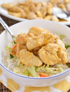 If you love Chinese food you will love this Lemon Chicken. There are already quite a few Chinese style dishes to be found on here fromegg fried rice to beef chow meinthen there is sweet and sour chicken meatballs and sweet chilli beef hey I even Slimming Eats, Slimming World Recipes, Lunch Recipes, Cooking Recipes, Healthy Recipes, Gf Recipes, Free Recipes, Chinese Lemon Chicken, Chinese Food