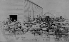 """""""In Line At The land Office, Perry, Oklahoma Sept. 23, 1893. 9 o'clock A.M. waiting to file."""" 49-AR-32"""