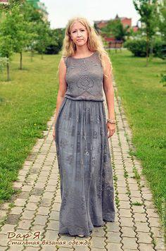 """Платья ручной работы. """"Каменная Роза"""" вязаное платье.Платье связано в технике филейного вязания из тонкого итальянского хлопка - более 50 цветов на выбор. Все платья более 900 гр. Для обеспечения хорошей посадки на талии, помимо завязок в пояс вставлена толстая резинка. Застежка - хрустальная пуговка сзади."""