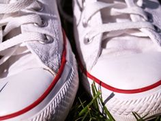How to Keep Your White Converse Shoes Looking New and White