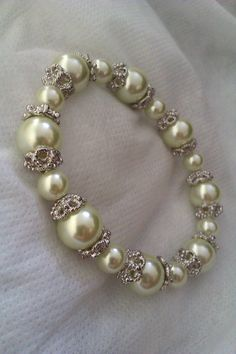 Beautiful light green bead stretch bracelet by Euphena on Etsy, £20.00