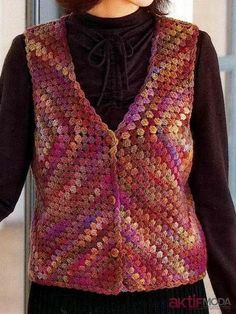And today we are with another amazing collection of 20 DIY stylish crochet sweater vest designs for you to look at and make try your favorite one out of t Pull Crochet, Crochet Coat, Crochet Cardigan, Crochet Clothes, Free Crochet, Crochet Sweaters, Crochet Vest Pattern, Crochet Patterns, Sweater Patterns