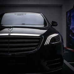 """Look into """"her"""" angeleyes. Mercedes Benz Suv, Mercedes S Class, Benz C, Benz S550, Benz S Class, Sport Cars, Luxury Cars, Dream Cars, Jeep"""