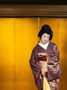 Kyoto, Japan Painting, Pantomime, Japanese Geisha, Dance Art, Culture, Female, Facebook, Flower