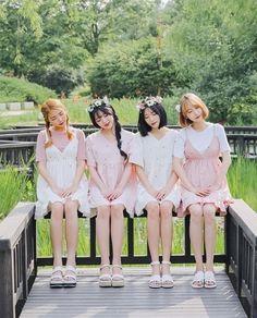 70 Beauty Look Korean Kpop Ulzzang Summer Fashions - Fashion Best Korean Fashion Trends, Korean Street Fashion, Korea Fashion, Kpop Fashion, Asian Fashion, Girl Fashion, Fashion 101, Girls Summer Outfits, Summer Girls