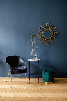 Foto Wiener Wohndinn Interior Styling, Interior Design, Sofa, Dining Chairs, Inspiration, Table, Coaching, Furniture, Home Decor