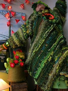 Stand up view of Mizzie M's Green freeform