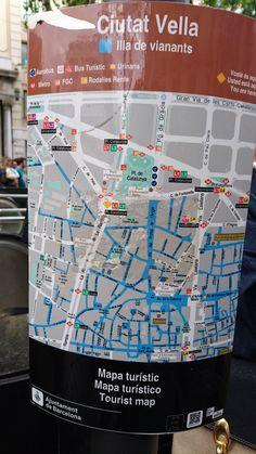 Mapa turístic de Les Rambles 142 (23/04/2016; 17.49h). Està fet per l'Ajuntament de Barcelona i va destinat, prinpalment, a turistes de la ciutat, per tal d'ajudar-los a situar-se. És especialitzat perquè dóna tot tipus d'informació requerida en aquest cas. És molt visual, informa de tots els tipus de transports públics que es poden trobar en la zona i dóna els noms dels carrers. Tot i així, és extremadament petit per on es troba situat i això pot fer que no sigui gaire útil.