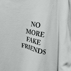 Gray Aesthetic, Black And White Aesthetic, Quote Aesthetic, Aesthetic Photo, Aesthetic Pictures, Character Aesthetic, Holden Caulfield, Black And White Photo Wall, Fake Friends