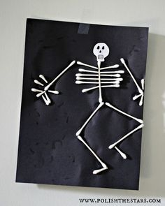 Halloween Crafts for Kids - The Idea Room #halloweencrafts
