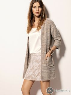 Liu Jo  Liu Jo Jeans Fashion Brands, Fashion Accessories, Sporty Style, Liu Jo, Work Casual, Dress Making, Trendy Outfits, Dress Skirt, Knitwear