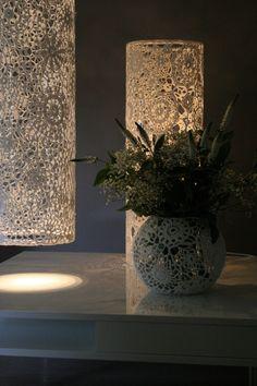 """Gehaakte lamp """"Sjenka"""" een ontwerp van mumami. www.dawanda.com"""