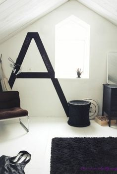 45 Ideas To Decorate Your Interior With Letters | Shelterness