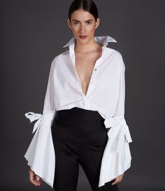 Shop te look by silvia tcherassi crisp white shirt, classic white shirt, white shirts Fashion Details, Look Fashion, Womens Fashion, Fashion Design, Classic White Shirt, White Shirts, White Blouses, Mode Style, Div Style