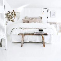 Makuuhuoneen valkoinen väri