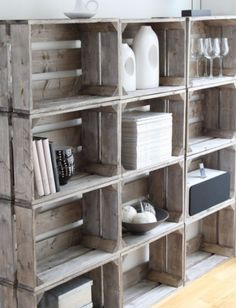 Crate DIY shelves - these crates are usually pretty cheap at Michael's Upcycle Boxes, Home Projects, Crate Diy, Diy Furniture, Crate Shelves, Crates, Diy Shelves, Home Deco, Home Diy