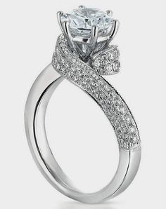 Engagement Ring of my dreams! This with Luke Bryan on his knee would make me one happy girl