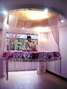 hanging bed design for girls bedrooms I love it! And its in the window.