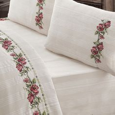 Items similar to Bedding Set Unbleached Cotton Buldan Linen Natural Organic , COTTON, Natural , RED flower embroidered bedding SET on Etsy Hotel Bedroom Design, Design Hotel, Embroidered Bedding, Embroidered Flowers, Best Bed Designs, Double Bedding Sets, Traditional Fabric, Cool Beds, Double Beds