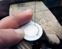 Diario aprendiz de joyero: Anillo hueco Jewelry Tools, Metal Jewelry, Jewelry Making Tutorials, Wire Art, Wire Wrapped Jewelry, Diy And Crafts, Sculpture, Rings, How To Make
