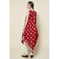 Zudio Red Cotton Sleeveless Triangle Kite Kurta