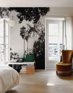 Polermo, Black & White