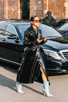Street Style / Day how spring 2019 trends look . Mode Outfits, Fashion Outfits, Womens Fashion, Fashion Trends, Fashion Clothes, Fashion Killa, Look Fashion, Street Fashion, Fashion Weeks
