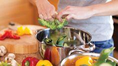 Recipe: Spiced chicken & tomato skewers