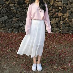 Korean Fashion Trends you can Steal – Designer Fashion Tips Long Skirt Fashion, Long Skirt Outfits, Korean Fashion Dress, 40s Fashion, Ulzzang Fashion, Korean Street Fashion, Korea Fashion, Asian Fashion, Look Fashion