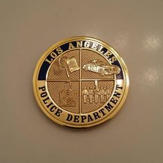 Los Angeles Police Department coin front Police Challenge Coins, Law Enforcement Badges, Los Angeles Police Department, Police Patches, Awards, Military, Personalized Items, Tv, Blue