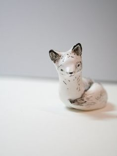 Little Arctic fox sculpture. Created from polymer clay, painted using acrylics and sealed using varnish, 6 cm in length Fox Crafts, Nifty Crafts, Ceramic Pottery, Ceramic Art, Pottery Animals, My Art Studio, Ceramic Figures, Arctic Fox, Porcelain Clay