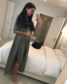 Zcomzcocogirl❀∘ - P Moda - - Schwanger Kleidung - Embarazadas Cute Maternity Outfits, Stylish Maternity, Maternity Pictures, Maternity Wear, Maternity Dresses, Maternity Fashion, Maternity Styles, Pregnancy Wardrobe, Pregnancy Outfits