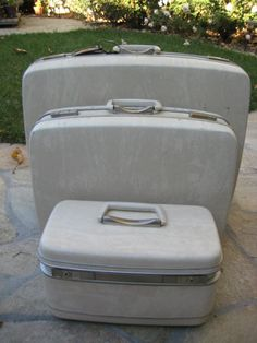 Vintage Mid Century Samsonite Luggage. Set of Four. 3 Suitcases 1 ...